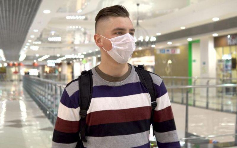 Koronawirus: Czy można odbierać przesyłki kupione w internecie w sklepie